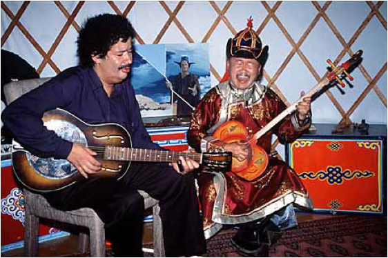 Paul Pena and Kongar-ol Ondar making music together. http://www.missionmission.org/tag/kongar-ol-ondar/
