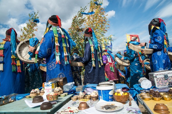 Shamans call the thirteen rulers of the Baikal basin into birch trees.
